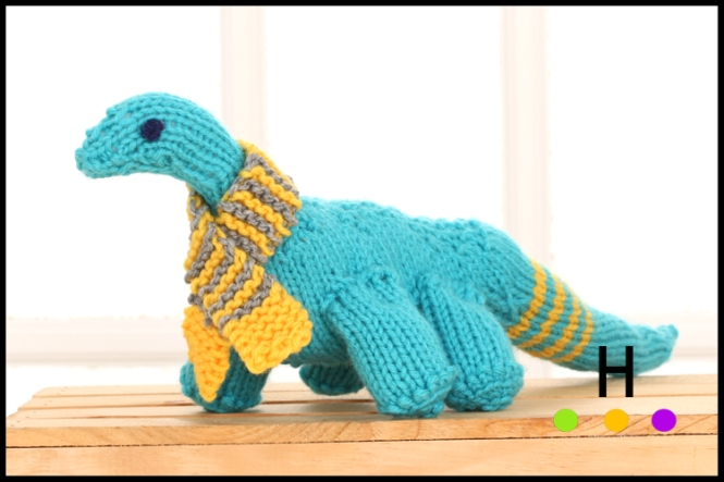 hand knit dinosaur